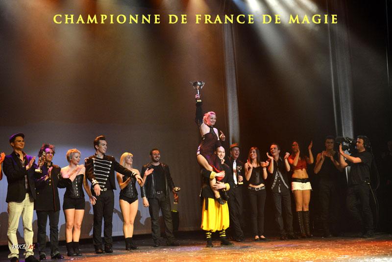 Championne de France de magie Elfia magicienne
