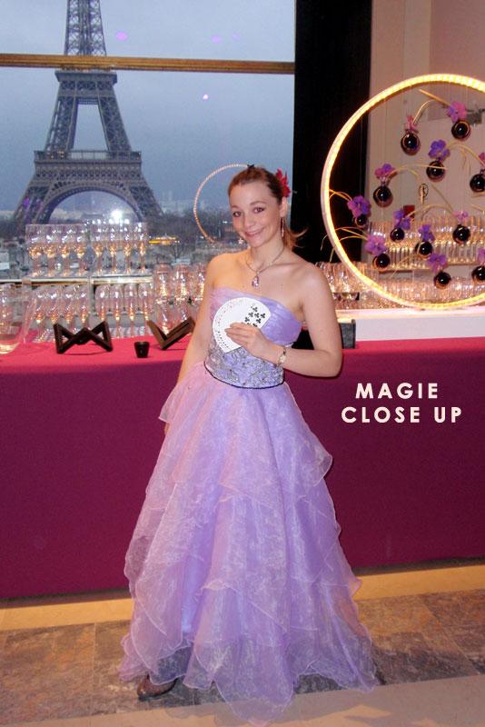 Magicien close up à Paris