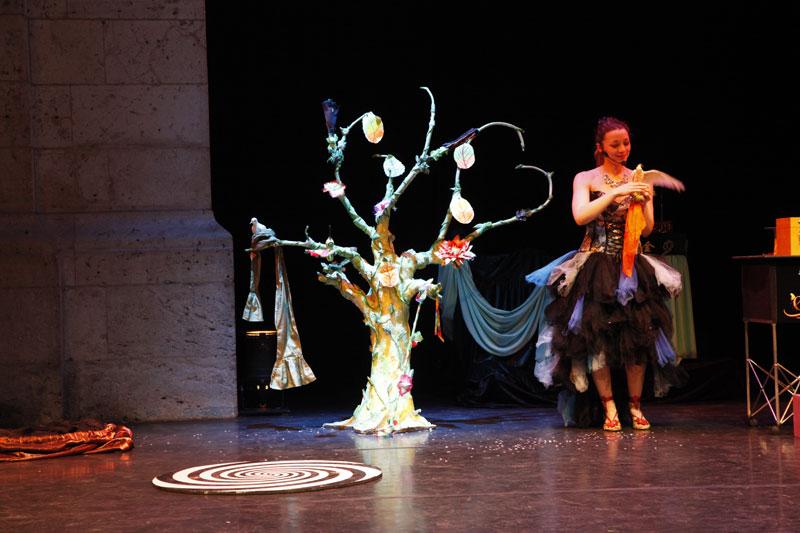 Spectacle magie arbre Noel 60